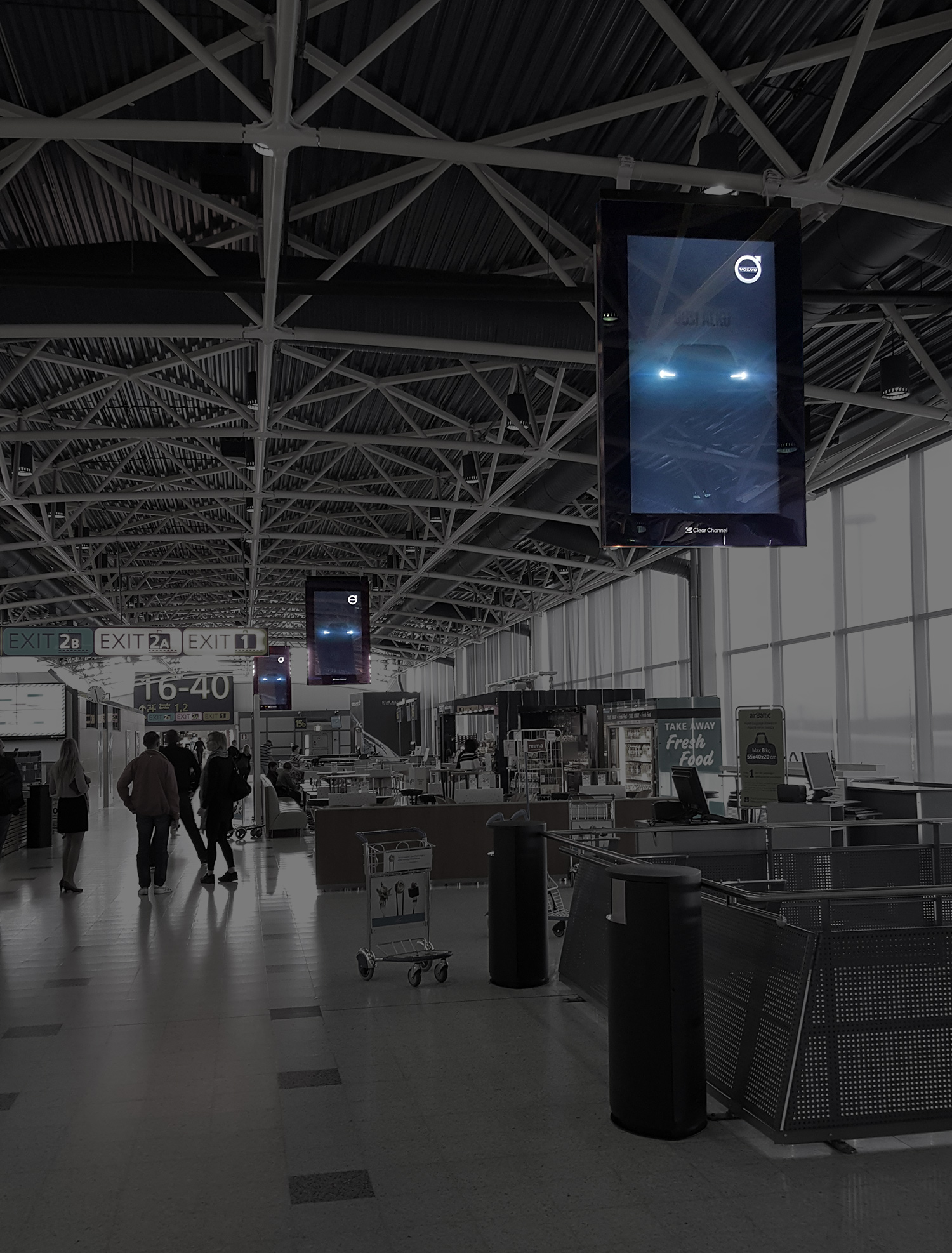 Volvo XC90 Airport